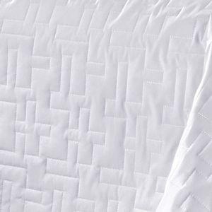 Kit-Cobre-Leito-em-Matelasse-Bordado-Casal-200-fios-Buettner-Tintos-Branco