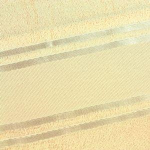 detalhetoalha-de-rosto-para-bordar-buettner-dora-cor-baunilha