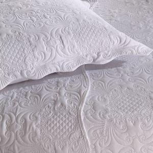 colcha-matelasse-sem-costura-queen-size-buettner-fenice-branco-detalhe