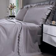 jogo-de-cama-queen-size-180-fios-com-renda-e-dobra-feita-bouton-emily-Cor-Cinza