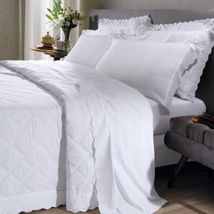 cobre-leito-king-size-180-fios-e-2-porta-travesseiros-com-renda-bouton-dely-Cor-Branco