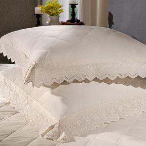 cobre-leito-king-size-180-fios-e-2-porta-travesseiros-com-renda-bouton-emily-Cor-Perola