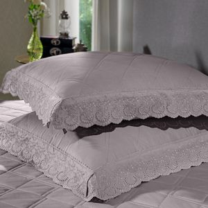 cobre-leito-queen-size-180-fios-e-2-porta-travesseiros-com-renda-bouton-dely-Cor-Bege