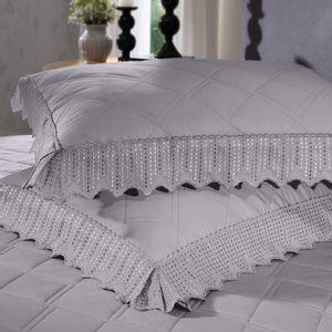 cobre-leito-queen-size-180-fios-e-2-porta-travesseiros-com-renda-bouton-leliz-Cor-Cinza