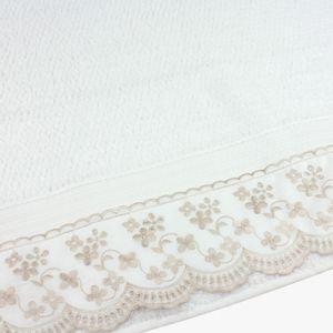 jogo-de-toalhas-5-pecas-em-algodao-500-gramas-por-metro-quadradoe-aplicacao-de-renda-bouton-jaqui-branco-detalhe