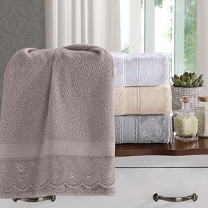 jogo-de-toalhas-5-pecas-em-algodao-500-gramas-por-metro-quadrado-e-aplicacao-de-renda-bouton-maisa-cor-cinza-still