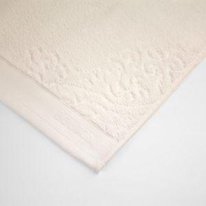 toalha-de-banho-gigante-81x140cm-em-algodao-460gr-bouton-francis-cor-perola-detalhe