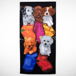 toalha-de-praia-em-algodao-76x152cm-buettner-estampa-puppies-in-the-stockings-principal