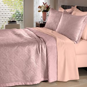 colcha-microfibra-king-size-em-matelasse-sem-costura-com-dois-porta-travesseiros-buettner-lotus-rose-vitrine