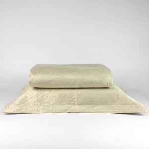 colcha-microfibra-solteiro-em-matelasse-sem-costura-com-um-porta-travesseiro-buettner-enos-palha-principal