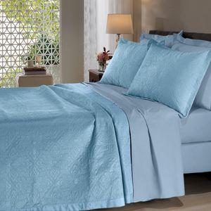 colcha-microfibra-queen-size-em-matelasse-sem-costura-com-dois-porta-travesseiros-buettner-enos-azul-vitrine