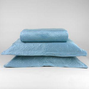 colcha-microfibra-king-size-em-matelasse-sem-costura-com-dois-porta-travesseiros-buettner-enos-azul-principal