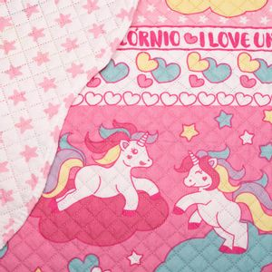colcha-juvenil-solteiro-160x220cm-em-matelasse-com-porta-travesseiro-buettner-unicornio-detalhe