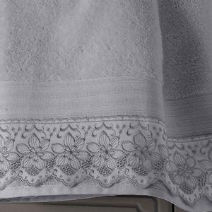 toalha-de-banho-gigante-com-renda-81x150cm-em-algodao-egipcio-500gr-buettner-sahar-cor-cinza-detalhe