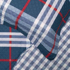 colcha-casal-em-matelasse-com-dois-porta-travesseiros-buettner-celso-detalhe