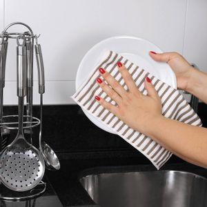 kit-3-panos-multiuso-para-limpeza-25x25cm-em-microfibra-buettner-cooking-bege-detalhe