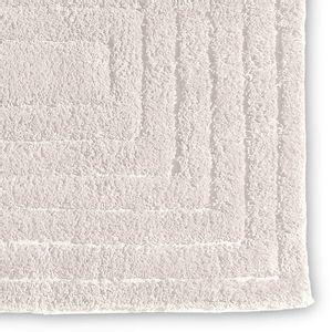 tapete-antiderrapante-chenille-em-algodao-50x100cm-buettner-mitras-marfim-detalhe